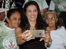 Durante a visita dos idosos na ALEAM, Alessandra Campêlo pede ao governo do Amazonas retorno do Projeto Vidativa