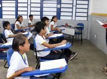 Lei nº 1.980 garante cadeiras adaptadas para estudantes com deficiência nas escolas de Manaus