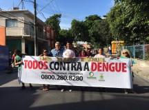 Elias Emanuel participa de caminhada no bairro do Coroado contra o mosquito da Dengue