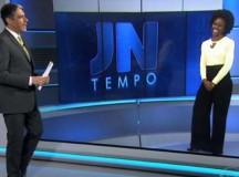 """William Bonner comentou, na bancada do """"Jornal Nacional"""", da Globo, sobre as ofensas racistas sofridas pela jornalista Maria Júlia"""