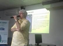"""Abrigo Moacyr Alves palestra sobre """"A Química do Bem"""" na PRODAM"""