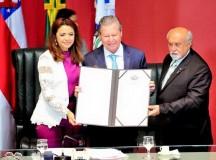 MANAUS: Prefeito Arthur Neto é homenageado com a Medalha do Mérito Legislativo Ruy Araújo