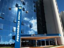 Concurso do INSS oferece mais de 900 vagas para todo o Brasil, em cargos de níveis médio e superior. Os ganhos vão até R$ 7.496,09.