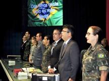 Manaus, AM 23/02/2016 - A Assembleia Legislativa do Amazonas (Aleam) realizou nesta terça-feira (23), uma Sessão Especial de Homenagem ao Núcleo de Preparação de Oficiais da Reserva do 1º Batalhão de Infantaria de Selva Aeromóvel (NPOR/1º BIS) do Exército Brasileiro. A solenidade abre as comemorações do 101º Aniversário do 1º BIS (AMV) que completa 101 anos de existência nesta terça-feira. A homenagem atende a um requerimento do presidente do Parlamento,  deputado Josué Neto (PSD), aprovado em plenário pela maioria dos parlamentares. O evento realizado no plenário Ruy Araújo com a presença de autoridades civis e militares. Entre os homenageados o tenente coronel Alexandre passos de Araujo, comandante do  1º BIS (AMV) e diretor do NPOR; tenebnte Raimundo Hitotuzi, representante da primeira turma NPOR de 1976 e o capitão Kemps Dias Viana, instrutor do NPOR.  (Fotos Alberto César Araújo/Aleam)