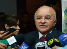 Presidenta do TRE mantém governador do Amazonas no cargo até decisão do TSE