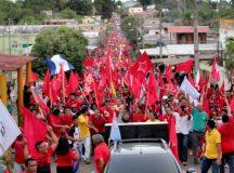 ELEIÇÕES 2016: Caminhada do 13 arrasta multidão em Itacoatiara, no AM