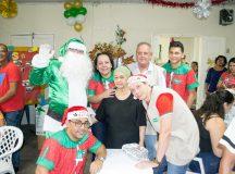 Idosos da Casa São Vicente de Paulo comemoram Natal com ação da Unimed Manaus
