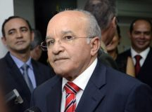 Procuradoria pede cassação do governador do Amazonas por abuso de poder