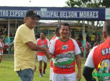 ESPORTE: Prefeito Chico do Belo prestigia jogo amistoso entre Amigos de Anamã