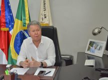 Prefeito Arthur Neto sanciona leis que consolidam a reforma administrativa com extinção de três secretarias