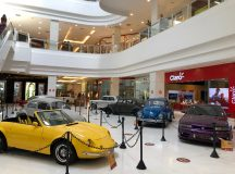 Exposição de carros antigos é atração no Shopping Ponta Negra