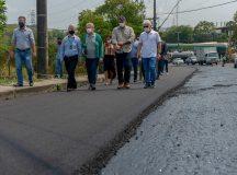 Obras no Distrito Industrial avançam e alteram tráfego de veículos em avenidas do local
