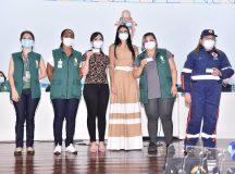 'Sensação libertadora', diz primeira técnica de enfermagem vacinada contra a Covid-19 pela Prefeitura de Manaus