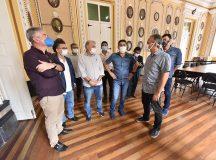 Prefeito David Almeida faz visita técnica em espaços do Centro Histórico de Manaus