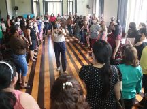 Professores da Prefeitura de Manaus fazem ação para melhorar aprendizagem de crianças na alfabetização