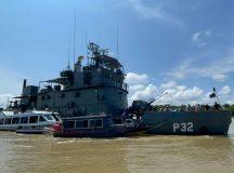 Navios da Flotilha do Amazonas realizaram apreensão de materiais ilícitos relacionados com o tráfico de entorpecentes e garimpo ilegal durante a Operação Ágata III/2021